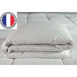Lot de 4 couettes blanches lavables à 90 polycoton et fibres creuses 200 gr 240 x 280 cm