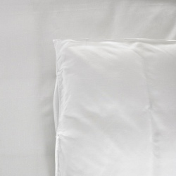 Taie d'oreiller Be Eco i-care polycoton 50/50 blanc 130 g portefeuille avec rabat et volant piqué 50x75 cm (le lot de 10)